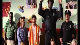 la mejor escena de niños grandes 2