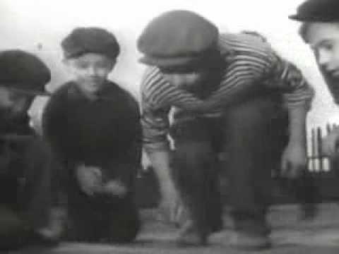 Владимир Высоцкий.  Из детства.  (Ах, время, как махорочка.)