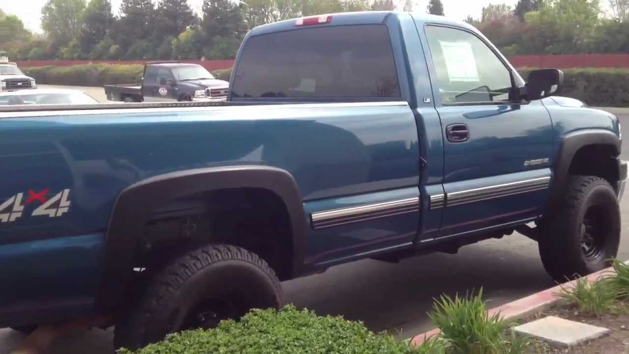 FOR SALE! 2002 CHEVY 2500HD 4X4 REGULAR CAB LONGBED W/ 8.1L VORTEC V8