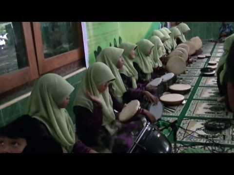 Tsamrotul Hidayah : Syi'ir NU (di Ponpes Al-Qodir, Yogyakarta)