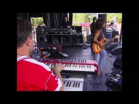 Vicci Martinez Band at Bite of Seattle