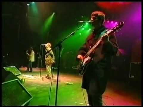 Oasis - Slide Away Live