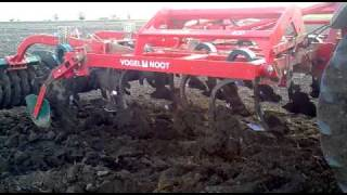 Massey 370 vs. Terra Flex.mp4