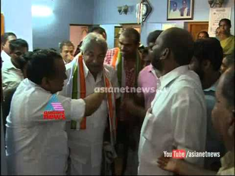 CM Oommen chandy meets hockey gold medalist Sreejesh : Chuttuvattom News