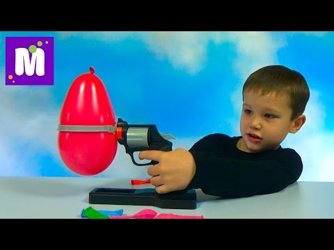 Пати Русская рулетка играем в игру с воздушным шариком и пистолетом иголкой Party Roulette game