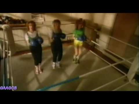 Bananarama - Na Na Hey Hey (Kiss Him Goodbye)