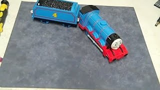 Thomas the Train Trackmaster Talking Gordon Review and How to change the batteries