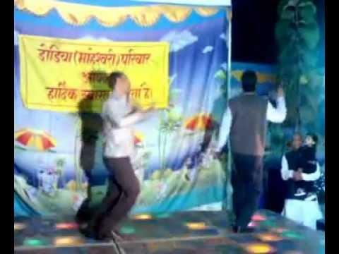 CHAL CHAL MERE BHAI TERE HAATH JORTA HU FILM NASEEB