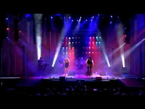 Brian May&Kerry Ellis - Defying Gravity (Live)