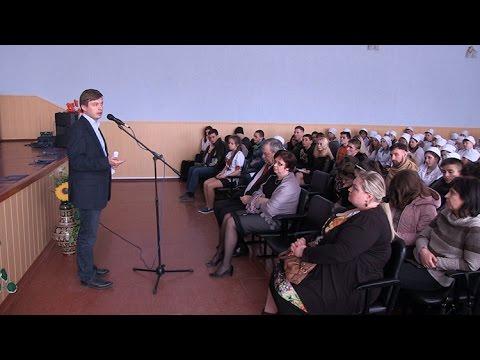 Сидір Кізін прочитав лекцію студентам Житомирського фармацевтичного коледжу та пасажирам Потягу Єднання України