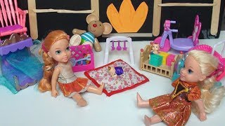 Anna and Elsa Toddlers Babysit Bad Baby Twins Toilet Accident Bathtub Slime Frozen TV Toys In Action