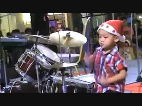 Niño Baterista - para que aprendan Music Videos