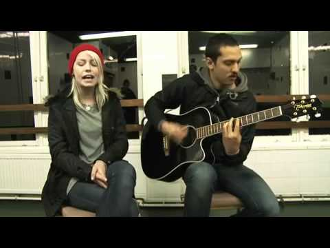 AlterThePress: 'Safe and Sound' (acoustic) - Tonight Alive