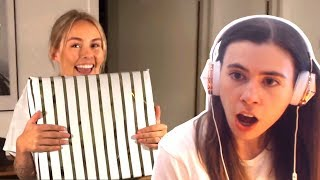 Download Lagu REACTING TO CRAINER & THEA OPENING BOBBY'S PRESENTS!!! Gratis STAFABAND