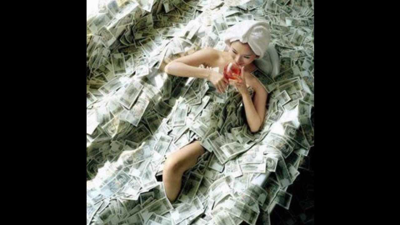 Почему женщины отдаются за деньги 1 фотография