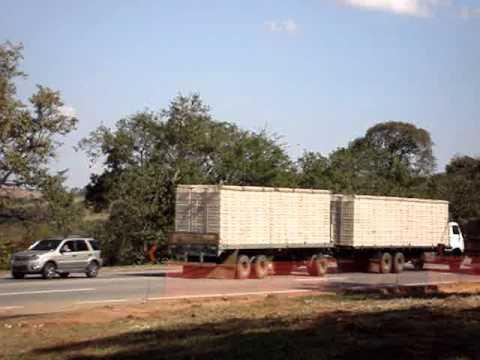 Vw na julieta colocando pressão no Scania..