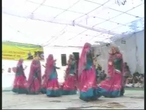 Himachali Folk Dance - (kangra Hills).mp4 video