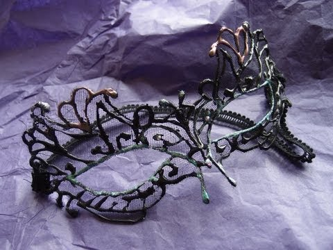Lace masquerade mask tutorial (using hot glue!)