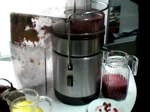 Как сделать гранатовый сок в соковыжималке