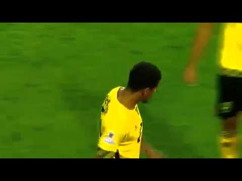 Referee takes shot Messi - Argentina vs Jamaica 1-0 - 2015
