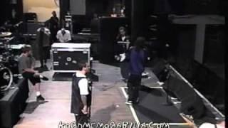 Watch Korn Kunt video