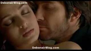 Aishwarya love scene in a Hollywood movie
