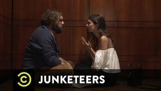 Junketeers E5 Fudge Tray With Tom Felton Emily Ratajkowski