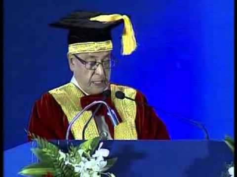 Prez Pranab Mukherjee at Convocation of Indian Maritime University, Chennai