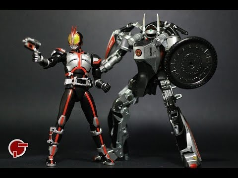Toy Review: S.h. Figuarts Auto Vajin & Kamen Rider Faiz Set video