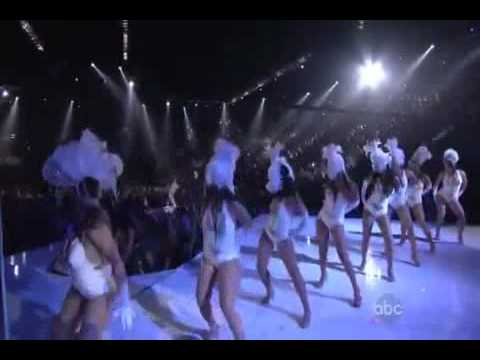 Pitbull ft  Ne Yo Nayer   Give Me Everything  Live   Billboard Music Awards 2011