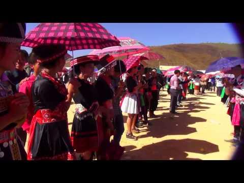 Hmong Lao New Year 2015 - PebCaug nyob Xeev-Phousavan - 2015. p2/4 (HD)