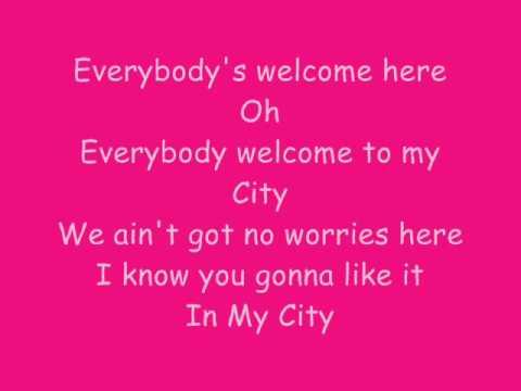 Priyanka Chopra Ft.will.i.am - In My City Lyrics video