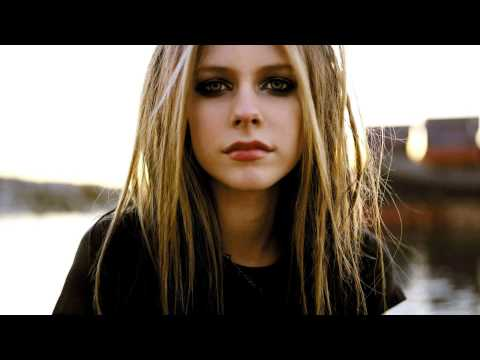 Avril Lavigne - How Does It Feel Live