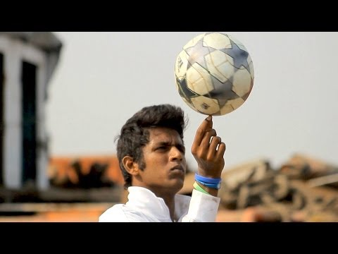 Insane Football Freestyle - Canon 5d Mark Iii video