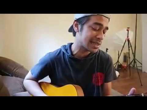 Download Lagu Biarkan Aku Tersenyum - Sheila on 7 / Wafda Cover MP3 Free