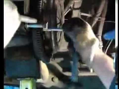 Видео как снять вилку сцепления