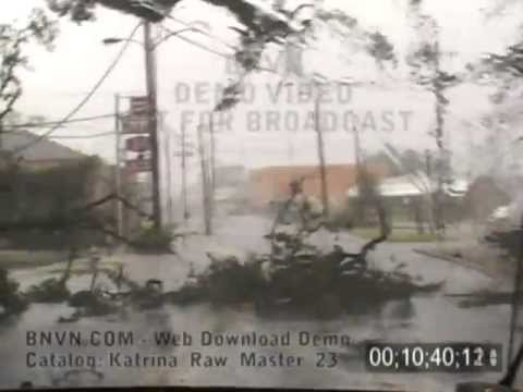 8/29/2005 Hurricane Katrina Video, The Escape From New Orleans, LA. - Katrina Raw Master 23