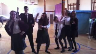 St paul's les miserables cast- gangnam style (clean)