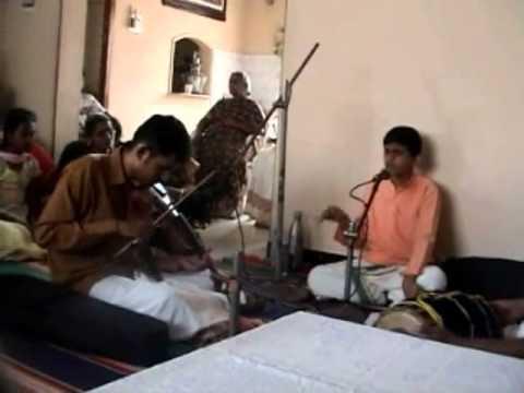 Janani Janani (ஜனனி ஜனனி ஜனனி !!!) video