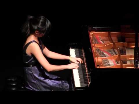 Angeni Wang,13 yrs. old ,student of Dr. Victor Shevtsov, plays Tarantella by Listz