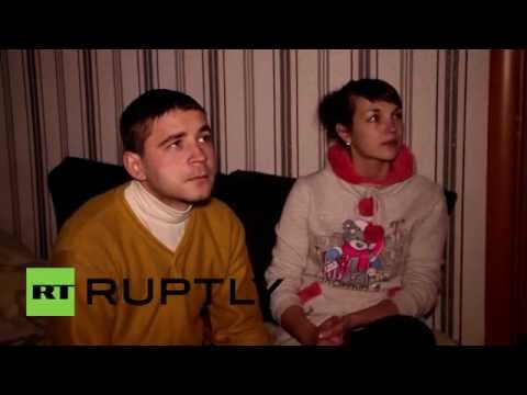 Ukraine: Donetsk residents watch Putin's parliament address