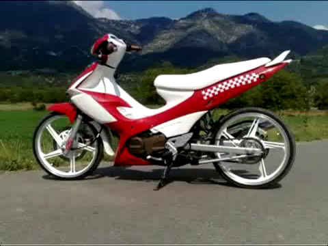 ► Modenas Dinamik Stunt Burn Out - By Valentino Zorbaj