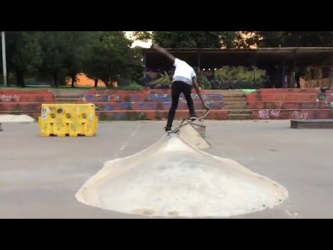 30 Second Skate: Lucky: Youth Leader Johannesburg
