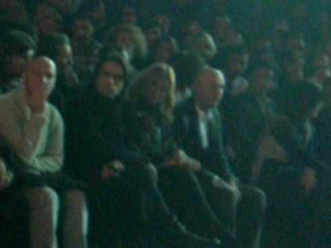 19.01.10 Fashion Week Clip