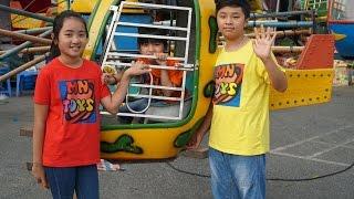 MN Toys - Đi Mua Kem Ốc Quế Kẹo Mút Doremon - Lái Máy Bay Đu Quay Tại Hội Chợ