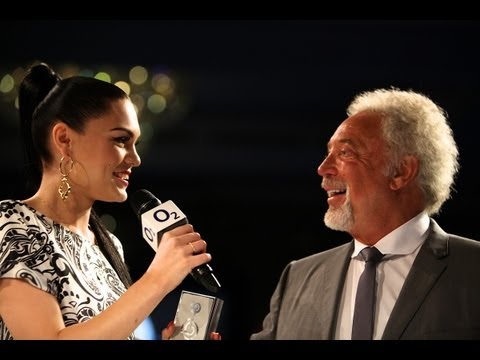 Jessie J - Royal Albert Hall Best British Act Award, O2 Silver Clef Awards 2012