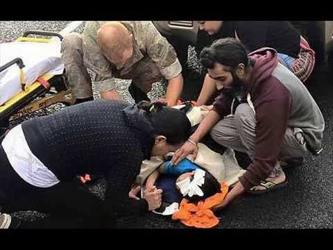 Sikh man rewarded in New Zealand after using turban to cradle head of injured boy