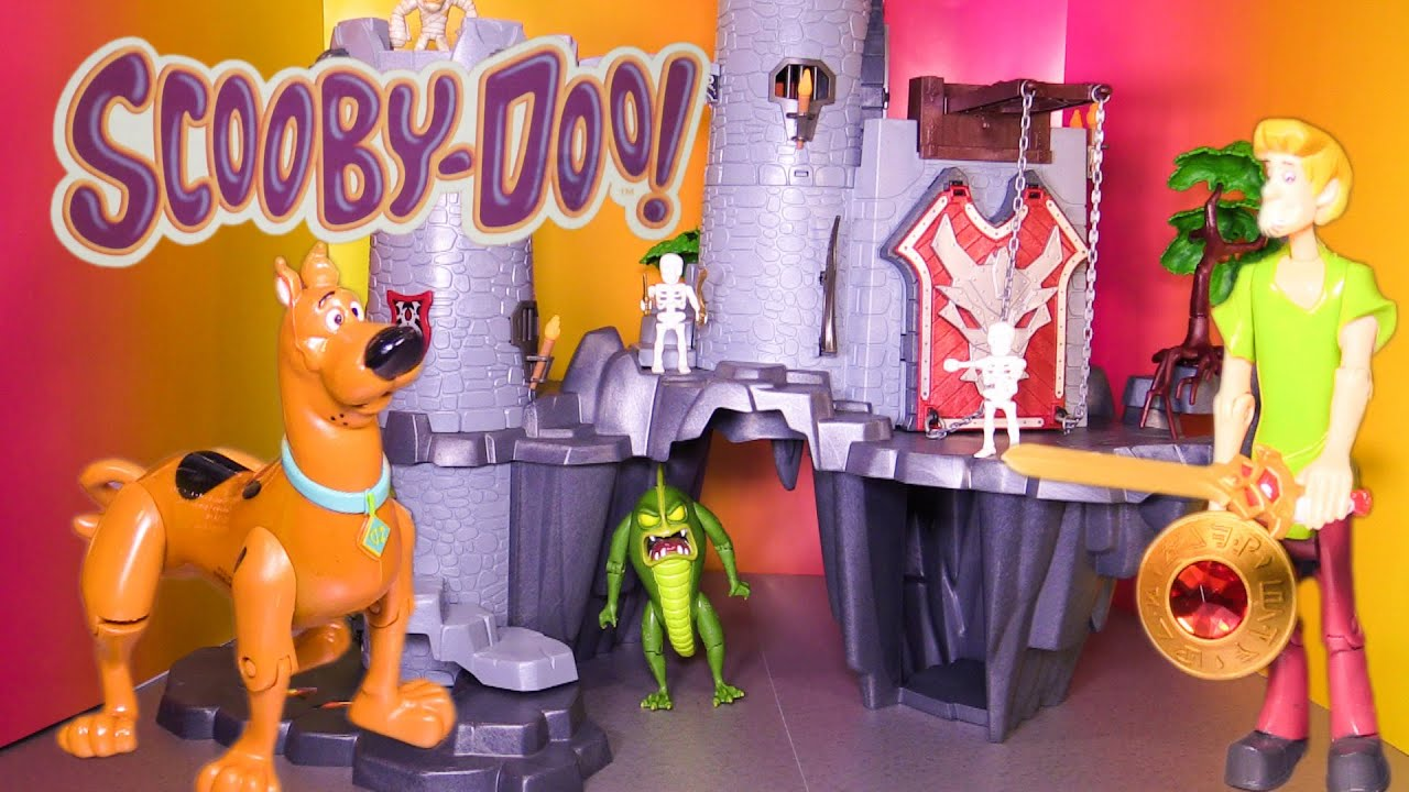 Treasure Toys Cartoon : Scooby doo cartoon castle treasure a