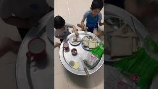 Sandwich making set Tập làm bánh sandwich ສອນເຮັດແຊມວິດ