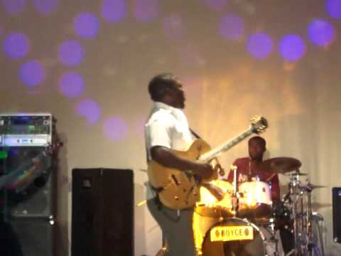 Agboola Shadare in Concert Part 2